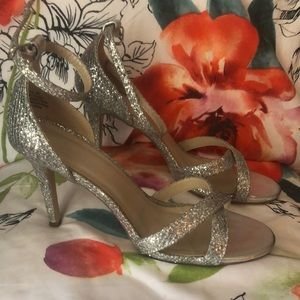 David's bridal silver shoes size 9